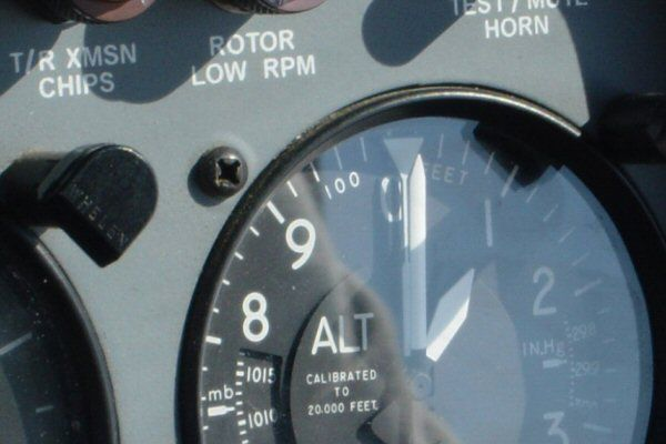 helicopter pilot instruction altimeter