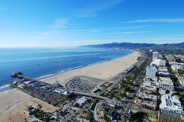 helicopter tour santa monica pier view